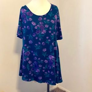 LulaRoe Size L (16/20) Purple Floral Perfect Tee
